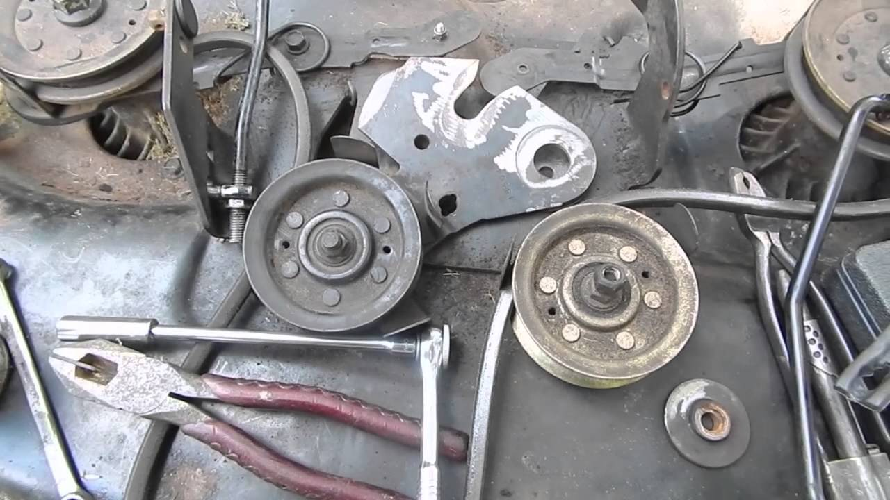 does braking disconnect clutch in manual