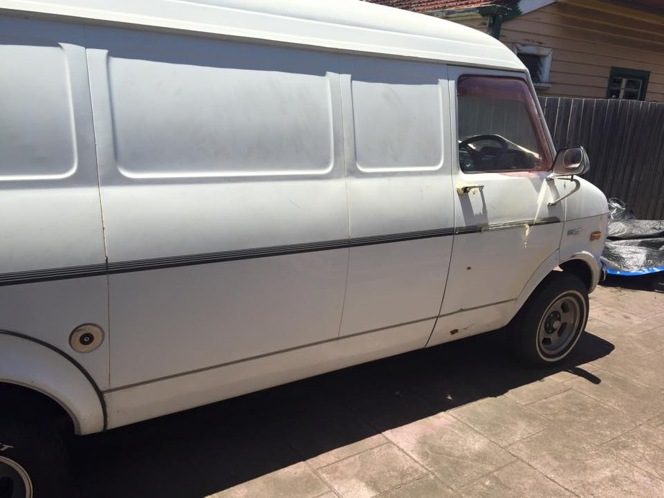 1976 bedford cf van 4 sp manual