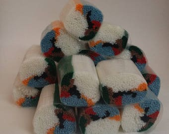 how to caron yarn latch hook instructions